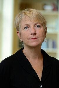 a picture of Karen Houppert