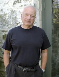 a picture of Michael Salcman